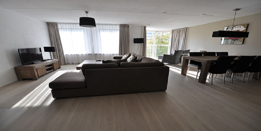 Furnished three bedroom apartment for rent on the Weena in Rotterdam Center.