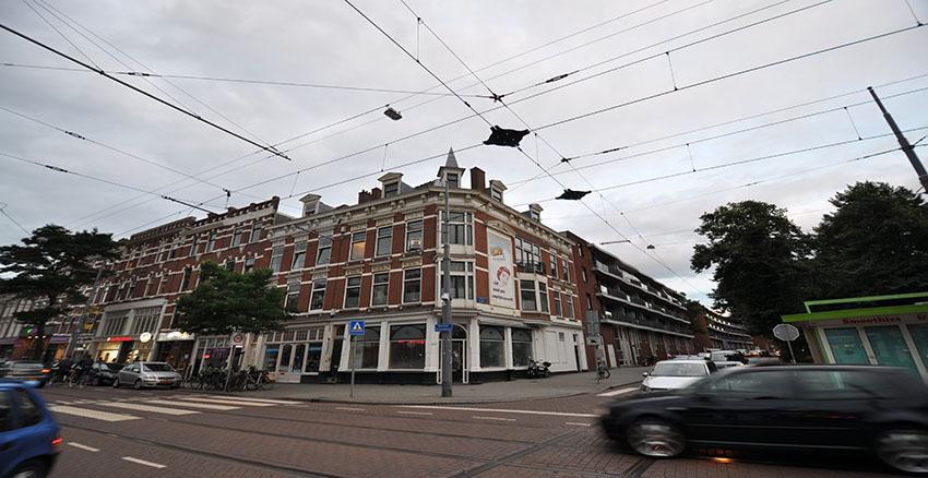 Spacious three room ppartement for rent on the Nieuwe Binnenweg in Rotterdam Center.