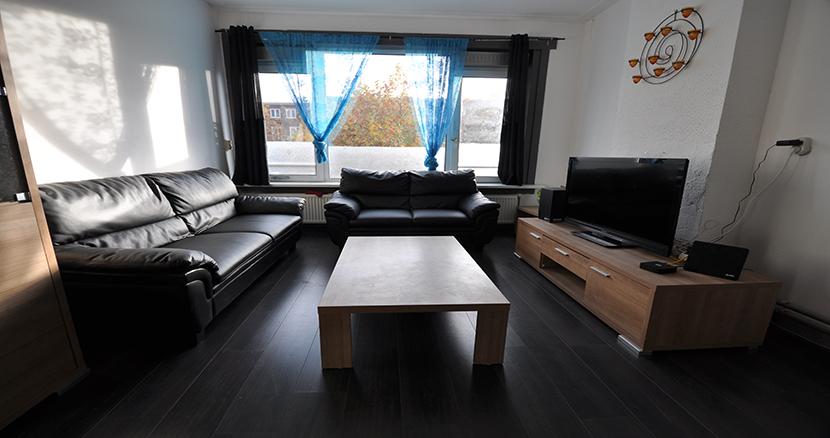Drie kamer appartement te huur aangeboden aan de Pleinweg te Rotterdam Zuid.