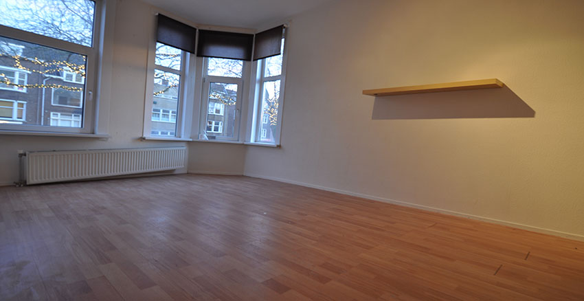 Two-room apartment Rent On Green Hilledijk In Rotterdam South. (District Bloemhof)
