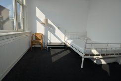 rotterdam floor for rent